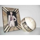 Portafoto con bola decorativa
